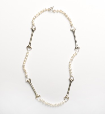 Bone and Pearls Necklace